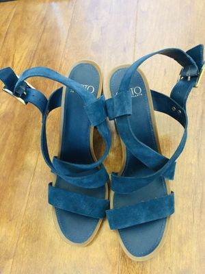 Women's Blue Franco Sarto sabine Block Heel Sandal size 9.5m in excellent condition (pick up only) for Sale in Alexandria, VA