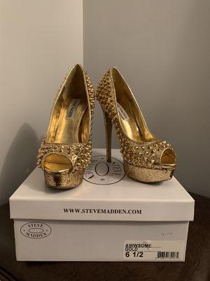 Steve Madden Gold Studded Heels for Sale in Highland Hills, OH