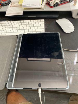 iPad Pro 12.9 128gb for Sale in Santee, CA