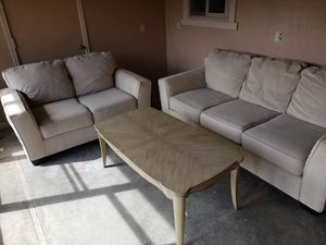 2pc sofa set for Sale in Fresno, CA