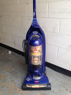 Bissell Vacuum - Lift Off Mutlicyclonic Pet for Sale in Washington, DC