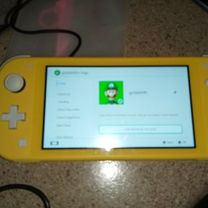 Nintendo switch Yellow Can Deliver With game for Sale in Glendale, AZ