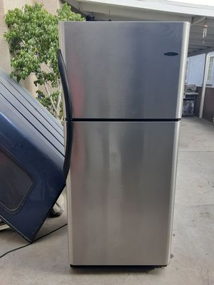 Refrigerator frigidaire for Sale in Downey, CA