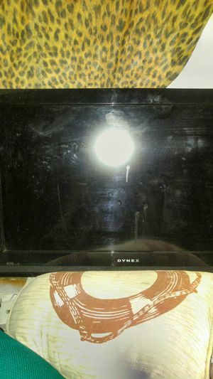 26 inch dynex tv for Sale in Bradenton, FL