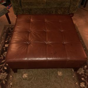 Leather Ottoman for Sale in Lake Stevens, WA
