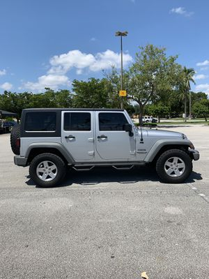 2012 Jeep Wrangler Unlimited Sport for Sale in Miami, FL