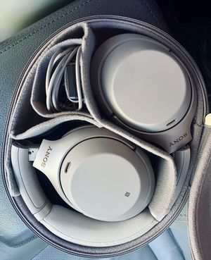 SONY Wireless Noise Cancelling Headphones for Sale in Manchester, MO