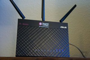 T-Mobile (AC-1900) By ASUS Wireless-AC1900 Dual-Band Gigabit Router, for Sale in Phoenix, AZ