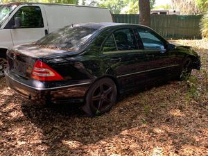 Mercedes (PARTS ONLY) for Sale in Plant City, FL