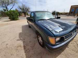 1996 Toyota Tacoma 4cyl 5speed for Sale in Tucson, AZ