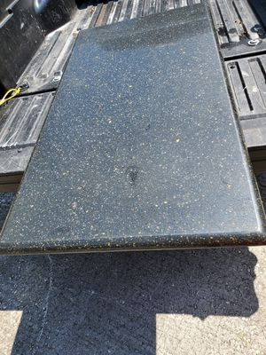 Ganite island kitchen table for Sale in Kissimmee, FL