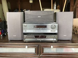 Onkyo receiver, Sony 5 disc changer, speakers and subwoofer. for Sale in Belleville, IL