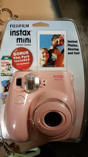 Fujifilm Instax mini 7s-Bubblegum Pink for Sale in Kingsport, TN