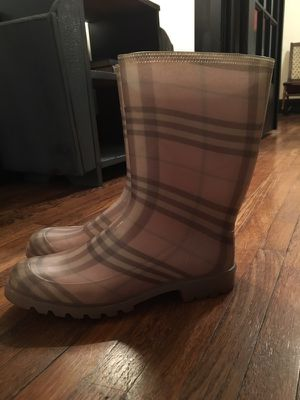 Pink Authentic Burberry Rain Boots for Sale in Nashville, TN