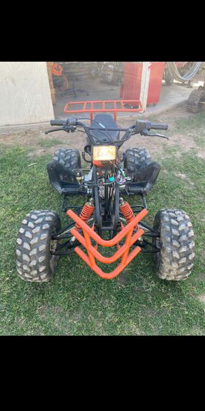 Medium Quad 150Cc for Sale in Tempe, AZ