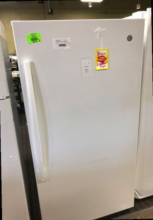 GE 🔥 Vertical Freezer CS0B for Sale in Rosemead, CA