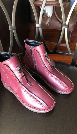 FASHION LEATHER MAROON RED KIDS GIRL'S BOOTS for Sale in Fairfax, VA