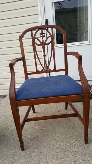 Set Of Chairs for Sale in Berkey, OH