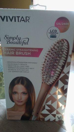Hair brush. for Sale in Miami, FL
