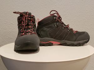 Clorts women's hiking boots 7.5 for Sale in NEW PRT RCHY, FL