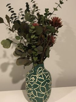 Anthropologie Dried Flowers And Target Decorative Vase for Sale in Seattle,  WA
