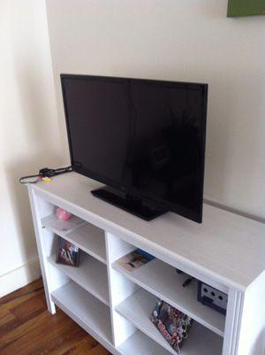 32 inch tv for Sale in Starkville, MS