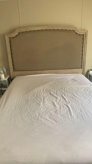 Bed set. Dresser and bed frame. for Sale in Jacksonville, NC