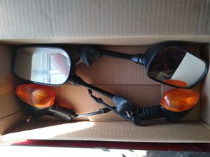 Yamaha R6 mirrors and front turn signals for Sale in Garden Grove, CA