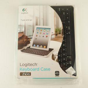Logitech Keyboard Case For iPad 2,3,4 for Sale in Whittier, CA