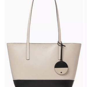 KATE SPADE BRIEL LARGE TOTE SHOULDER BAG BEIGE BLACK LEATHER MSRP $329 for Sale in Sterling Heights, MI