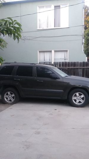 2005Jeep Grand Cherokee **PARTS ONLY** for Sale in Huntington Park, CA