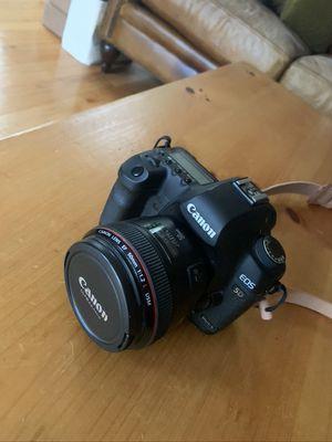 Canon Camera Lens - EF 50mm f/1.2L USM for Sale in Deer Park, IL