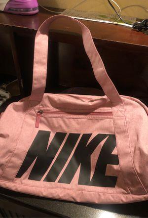 Nike duffle bag for Sale in San Bernardino, CA