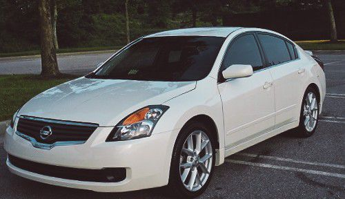 Awesome & Beautiful // NISSAN ALTIMA S 2007