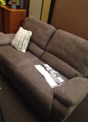 Super soft recliner sofa (thick material too) for Sale in Orlando, FL