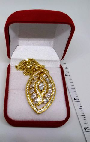 "Elegant 18""Chain and Pendent Necklace Gold Laminated for Sale in San Diego, CA"