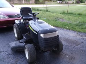Poulan riding lawn mower! for Sale in Bloomingdale, IL