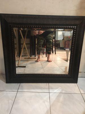 Beautiful Mirrored Frame for Sale in Hialeah, FL