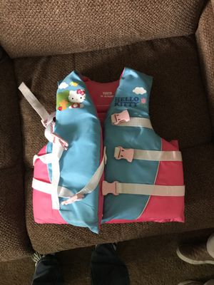 Hello Kitty kids life jacket for Sale in Milwaukie, OR