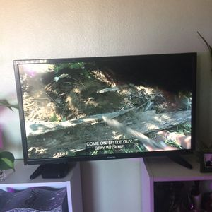 Almost new Toshiba 32 in tv for Sale in Tempe, AZ