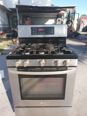 LG Gas Stove FLAWLESS!!!! for Sale in Las Vegas, NV