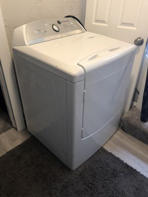 Whirlpool Dryer WED6200SW for Sale in Neenah, WI
