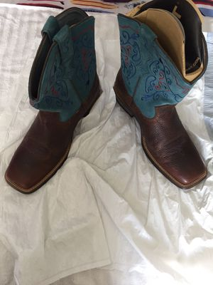 Women's Ariat Boots Size 11 for Sale in North Miami, FL