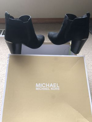 MICHAEL KORS BOOT for Sale in Portland, OR
