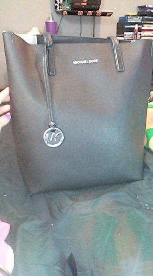Micheal kors black tote bag for Sale in Dry Ridge, KY