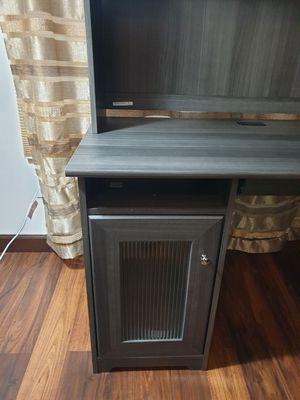 Bush Lshape desk for Sale in Lewis Center, OH