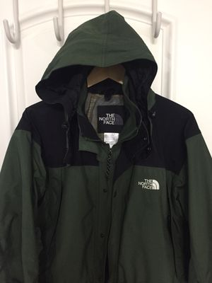 Excellent Condition - NorthFace Large Rain Jacket with optional hideaway hood for Sale in Fullerton, CA