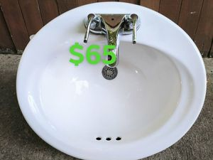 Porcelain Bathroom Sink $65 for Sale in Euless, TX