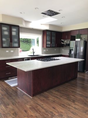 Kitchen cabinets (used) for Sale in Milton, WA
