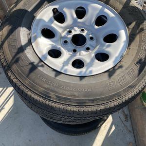 Gmc / Chevy Wheels for Sale in Bloomington, CA